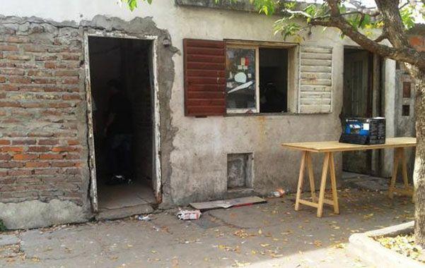 Fortificado. La precaria casilla de Magallanes y Vélez Sarsfield donde funcionaba el búnker de venta de drogas.