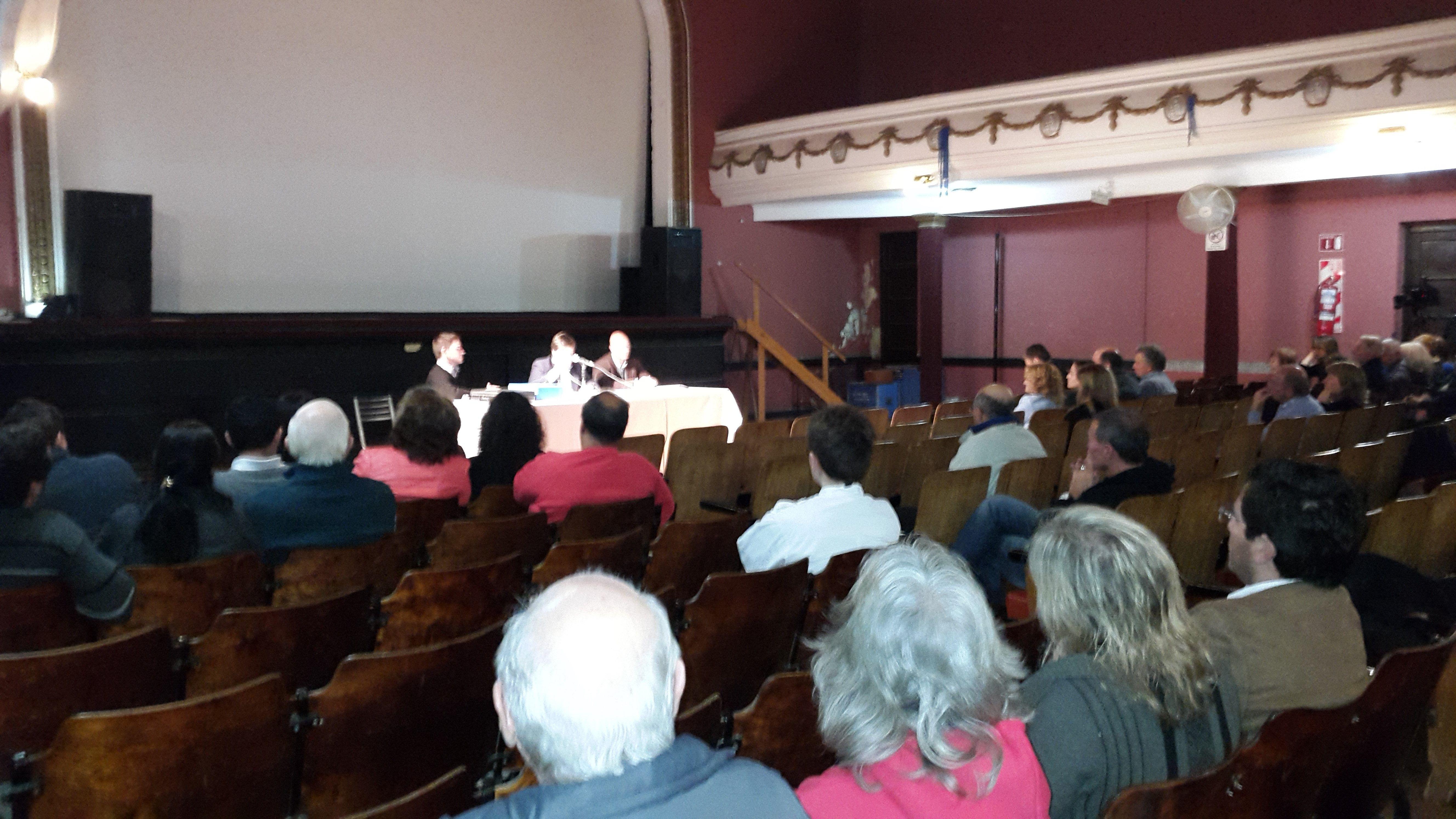 Consenso. El proyecto de expropiación de los campos había surgido de una asamblea realizada en el pueblo.