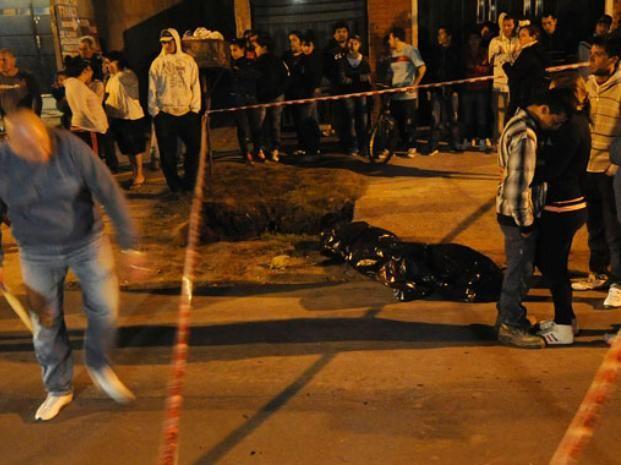 María Emilia Valdez recibió un disparo en la cabeza a poco de descender de un ómnibus.