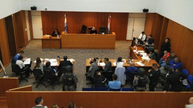 Alvarado sumó imputaciones el viernes en una audiencia en la que también fueron acusados policías.