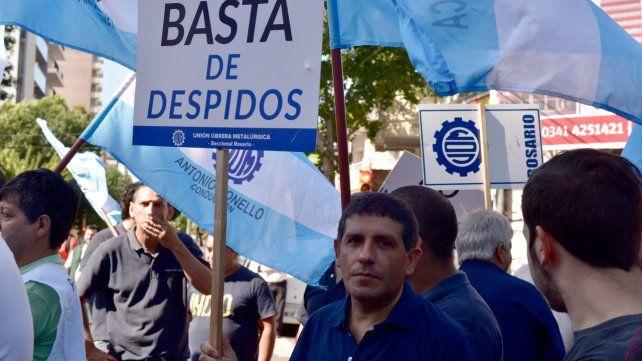 Trabajo. Las protestas contra los despidos y el cierre de establecimientos industriales fueron frecuentes en los últimos años.