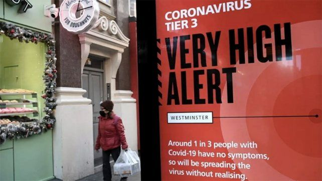 ALERTA. Un cartel callejero ubicado en el sector clásico de Westminster en Londres