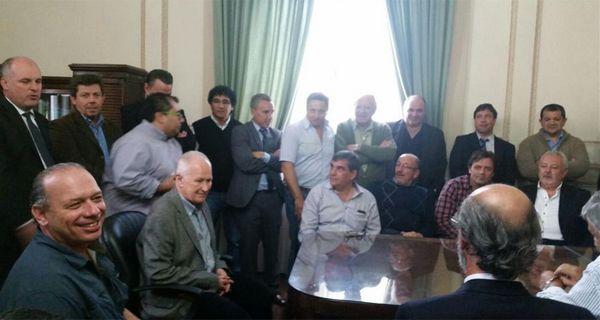 Referentes de gremios locales se reunieron en Gobernación con el secretario de Seguridad