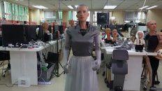 Sophia fue adaptada para ayudar a los enfermos de Covid-19 que requieren confinamiento.
