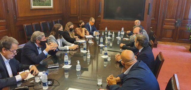 La comisión de seguimiento del caso Vicentin estuvo ayer en Buenos Aires con las autoridades del Banco Nación.