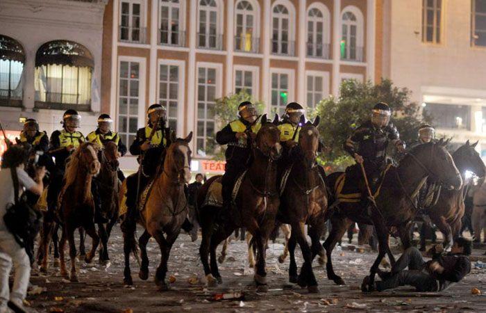 La protesta en Tucumán se desató por las irregularidades en las elecciones del domingo.