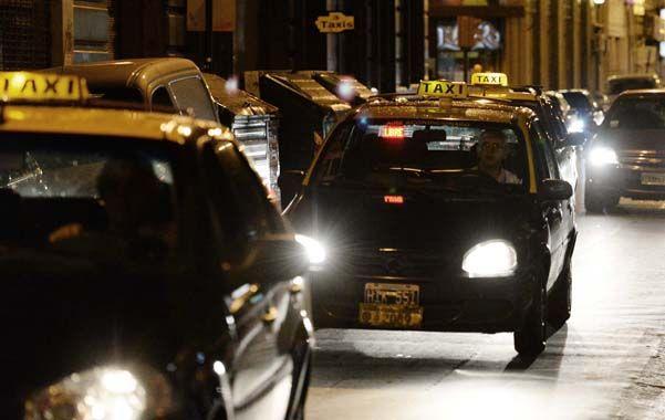 aumentos. La suba en el servicio de taxis impactó en la inflación local.
