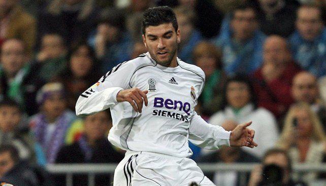 Murió en un siniestro vial el futbolista español La Perla Reyes