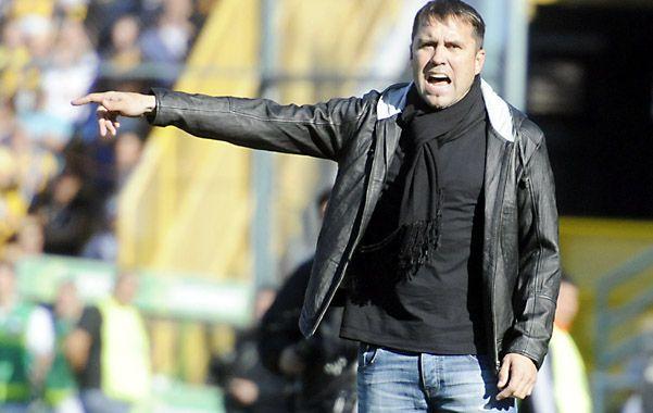 San Lorenzo avisó que desea vender o ceder a Barrientos al exterior.