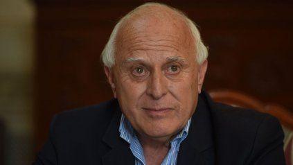 El ex gobernador Miguel Lifschitz se encuentra internado desde el lunes en un sanatorio del centro rosarino.