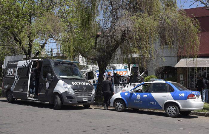 El crimen de los hermanos ocurrio hace una semana en Castro Barros al 5500. /Foto. H.Rio