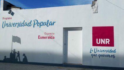 En Esmeralda 2546 se levanta la primera de las seis sedes de la Universidad Popular de la UNR.