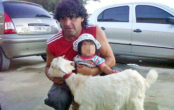 El detenido. Una de las últimas fotos familiares de Ariel Máximo Cantero.