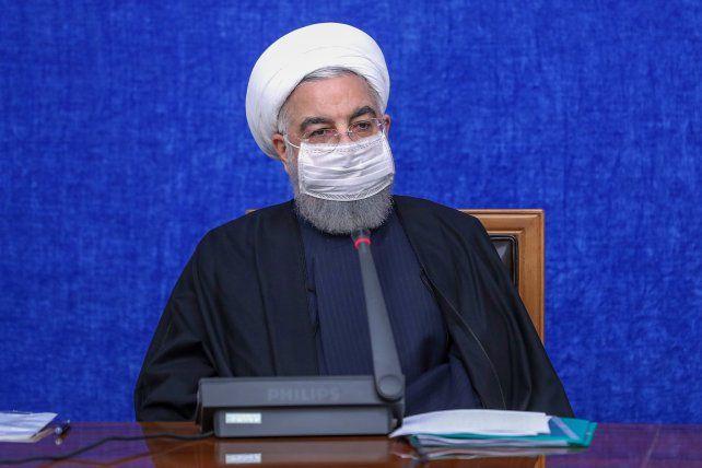 El presidente y clérigo Rohani prometió venganza por el asesinato del científico nuclear y culpó a Israel.