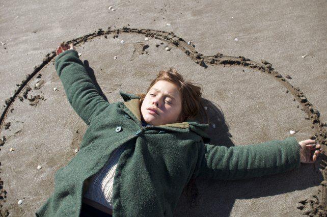 Cine/Crítica de El premio: La niña que conoció el horror