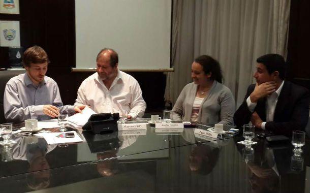 Costa y Milito firmaron el acuerdo