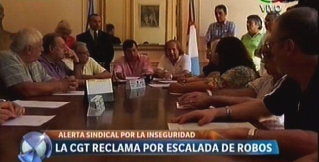 Los gremios de la CGT local elevaron un petitorio al gobernador en reclamo de medidas de seguridad.