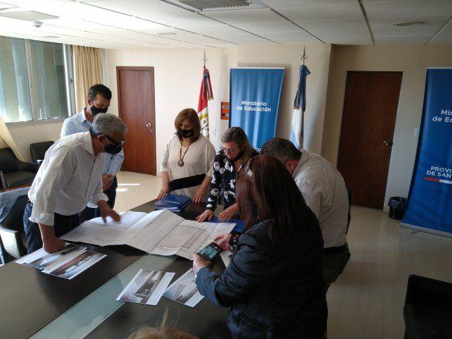 Las autoridades provinciales y representantes del Club de Leones