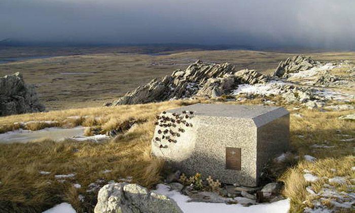 Nueve ex combatientes de Malvinas acampan hoy en Monte Longdon