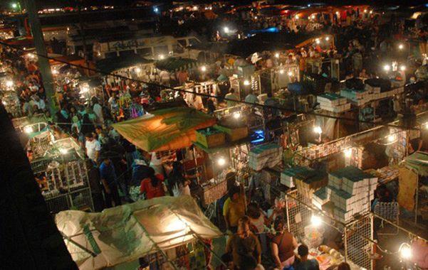 espacio polémico. Comerciantes y autoridades no quieren que La Salada (Lomas de Zamora) se replique en la región.