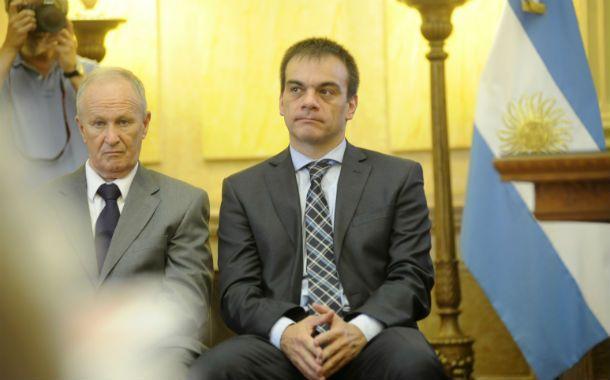 Desde el gobierno. Lewis (derecha) negó vinculación del abogado Carlos Varela con el ex ministro Superti.