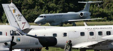 Hallaron los cadáveres de dos hombres que viajaban en el vuelo de Air France
