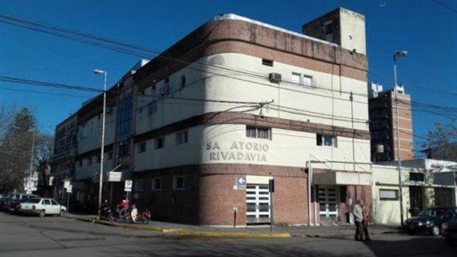 El único infectado de Villa Constitución que requiere internación está en la Unidad de Terapia Intensiva del Sanatorio Rivadavia.