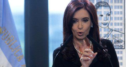 Cristina, distendida, bromeó con Boudou: Guarda con lo que hacés