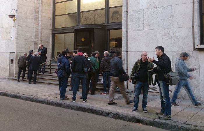 La guardia periodistica en tribunales. (Foto:C.Mutti)