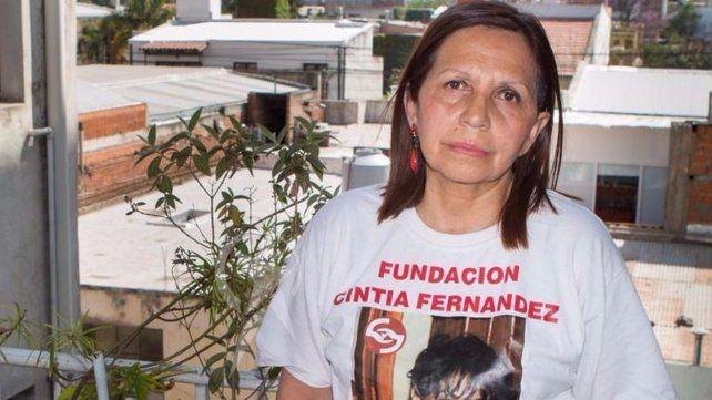 La madre: El juez Pastrana habló de suicidio para proteger al asesino.