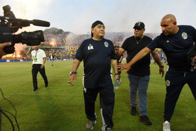 Partido clave en La Plata por el futuro de Diego Maradona