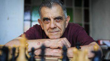 Hugo Ferraro. El hombre que le ganó a Fischer hace 49 años.