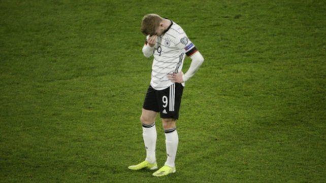 Timo Werner no puede ocultar su decepción tras la caída alemana