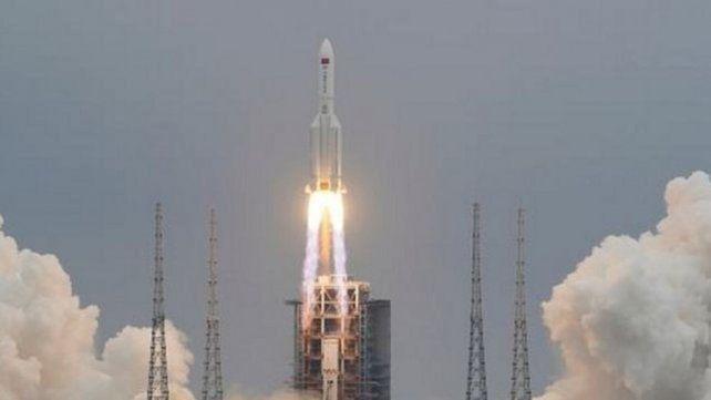 El cohete chino fuera de control se desintegró sobre el Océano Indico