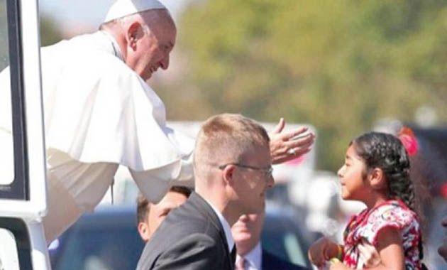 El grupo decidió utilizar a hijos de migrantes para representar su campaña de que se hagan reformas migratorias ante el Papa