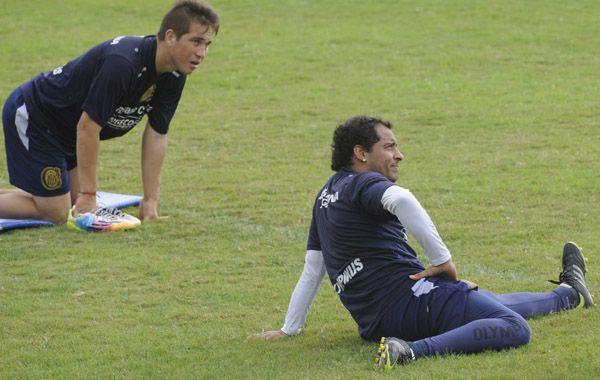 El Sapito ni concentra para el partido del viernes. Walter Acuña estará en el banco.