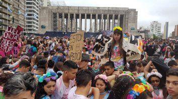 Los padres de alumnos de casi 90 escuelas de Rosario reclaman el regreso de clases presenciales