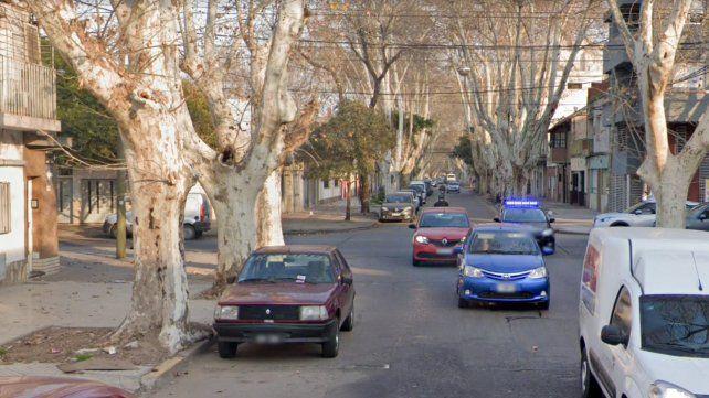 Murió un motociclista en un choque con una camioneta en barrio Echesortu