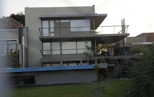 La casa. La vivienda de Pereyra frente al Paraná tiene dos plantas