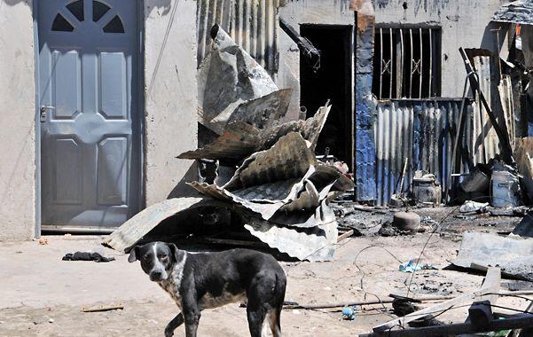 La casa de un allegado al acusado fue quemada tras el crimen.