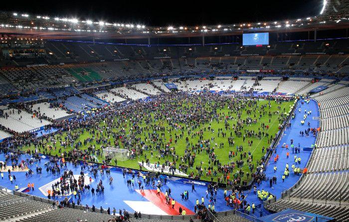 Un atacante suicida fue detenido en ingreso al Stade de France