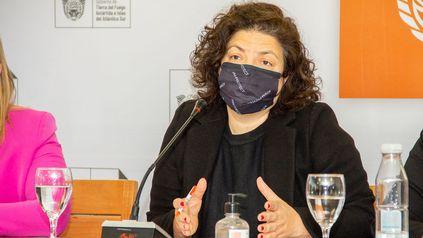 La ministra de Salud nacional, Carla Vizzotti, durante el acto desarrollado en Ushuaia.