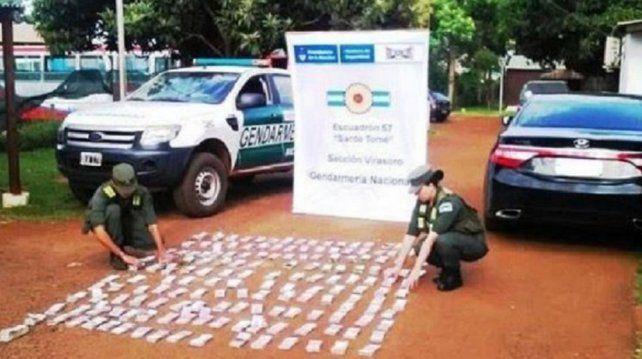 Gendarmería encontró 6 millones de pesos que estaban escondidos en un auto