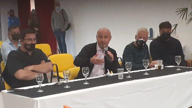 Gabriel Savino, defensor en ejercicio, escuchó los reclamos y las propuestas.