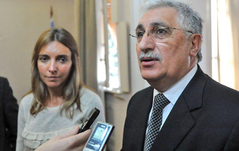 Compre local. La secretaria de la Producción y el titular de la AER brindaron detalles de la propuesta. (Foto: A. Celoria)