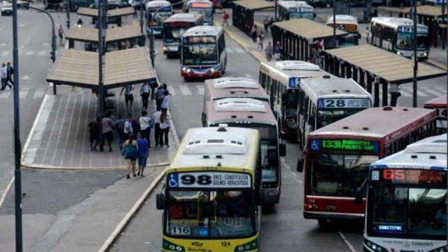 Transporte de personas: describen una situación terminal en el interior