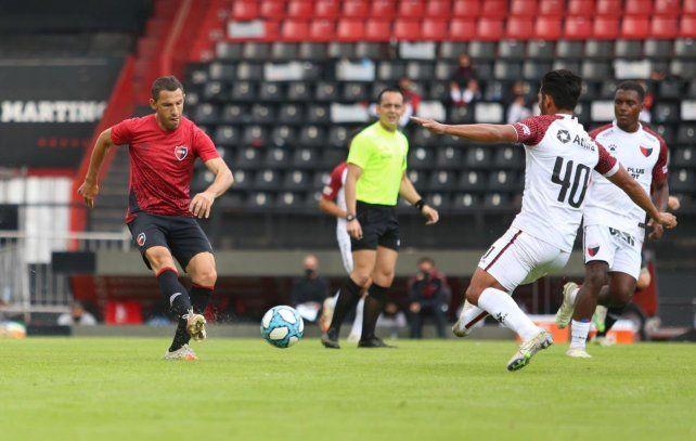 El capitán giró y sin dudar la puso justa para que Palacios anote en el amistoso frente a Colón.