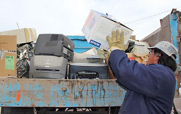 Chatarra. Los desechos electrónicos serán entregados ahora a la empresa Ecotech para su disposición final.