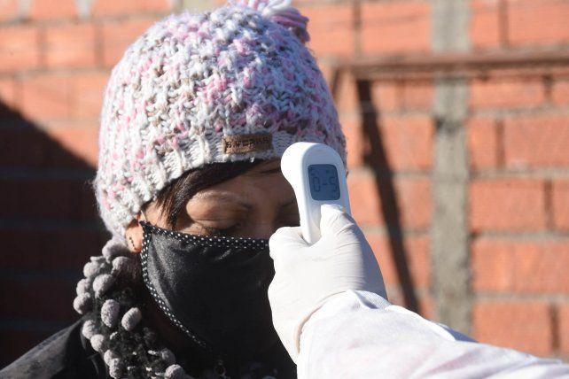 Los casos de coronavirus en Rosario mostraron un leve descenso respecto del viernes.
