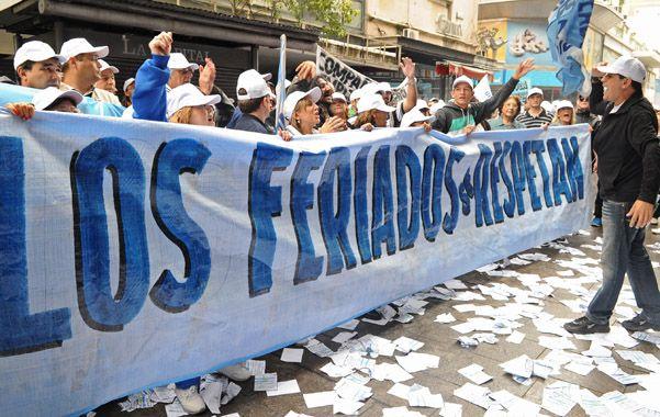 La Asociación Empleados de Comercio anunció piquetes en las sucursales que la cadena de supermercados Coto tiene en Rosario. (Foto: S.Salinas)